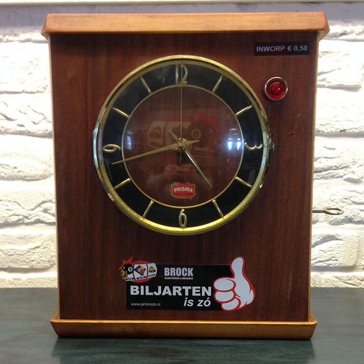 Biljartklok prisma gebruikt 27 x 32 cm bxh brock biljartfabriek en amusement - Decoratie biljart ...